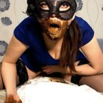 I wear a diaper and take off my mask with ScatLina Amateur Scat [FullHD]